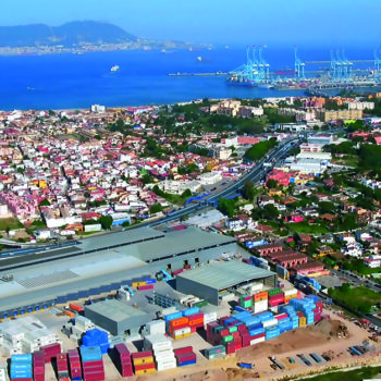 SAM Algeciras' logistics platform covers more than 120,000 square metres.